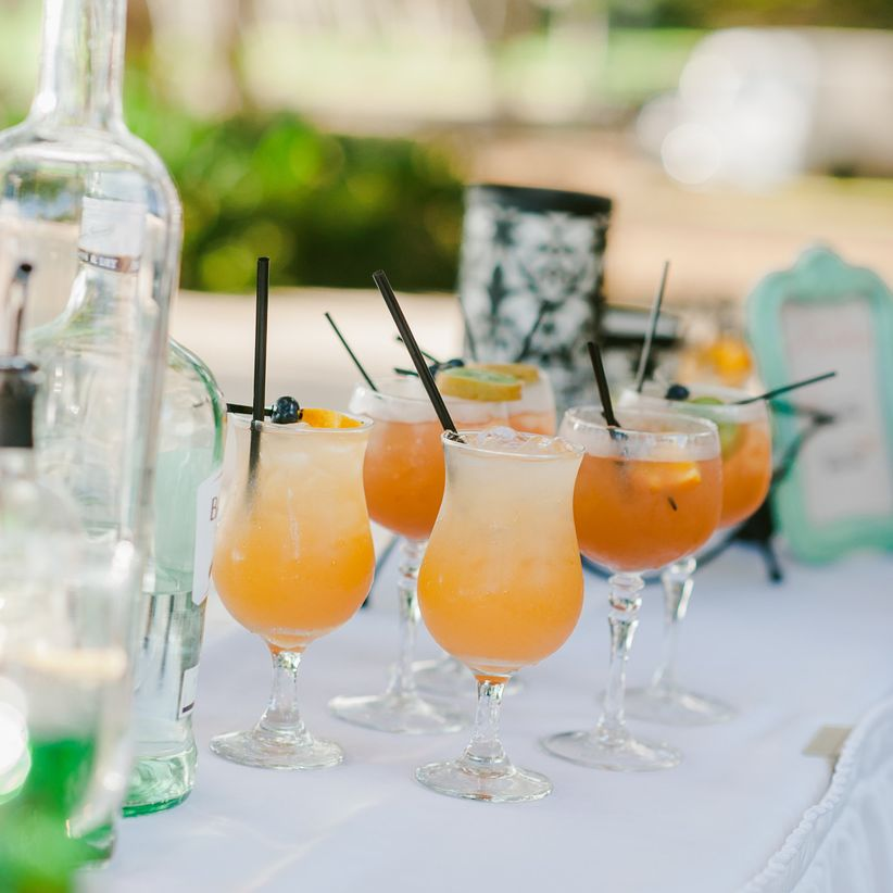 20 Things You Must Know If Youre Having An Open Bar Weddingwire