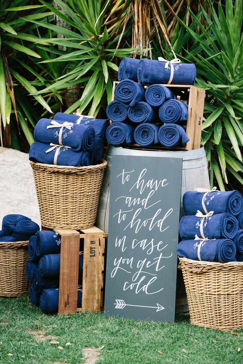 winter wedding favor ideas - fleece blankets