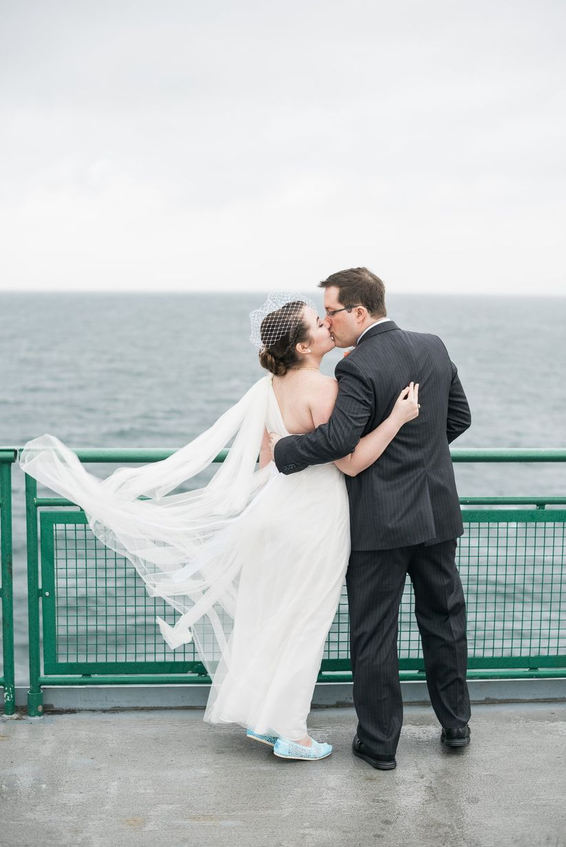 9 Reasons a Seattle Wedding Is Oh-So Trendy - WeddingWire