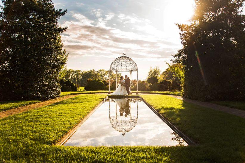 couple candid portrait gazebo maryland garden