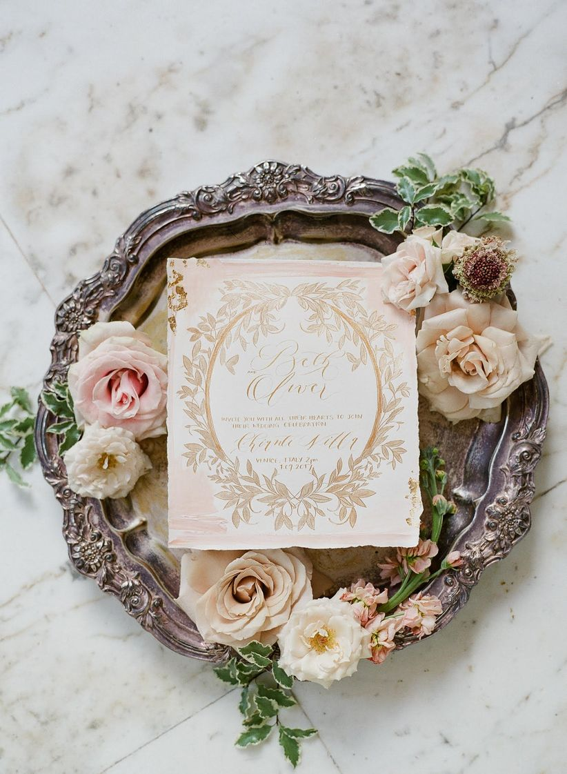 How to Create an Old World Wedding That\'s Utterly Romantic - WeddingWire