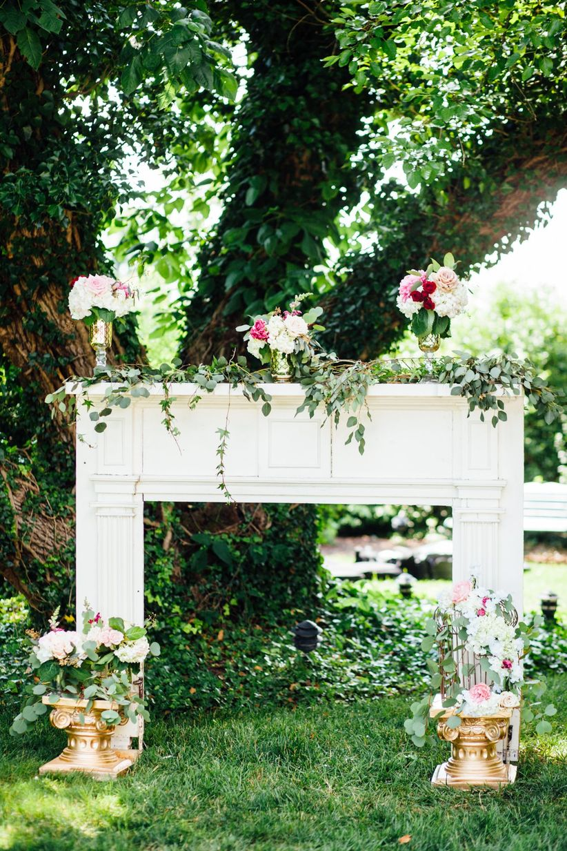 fireplace mantel wedding decor