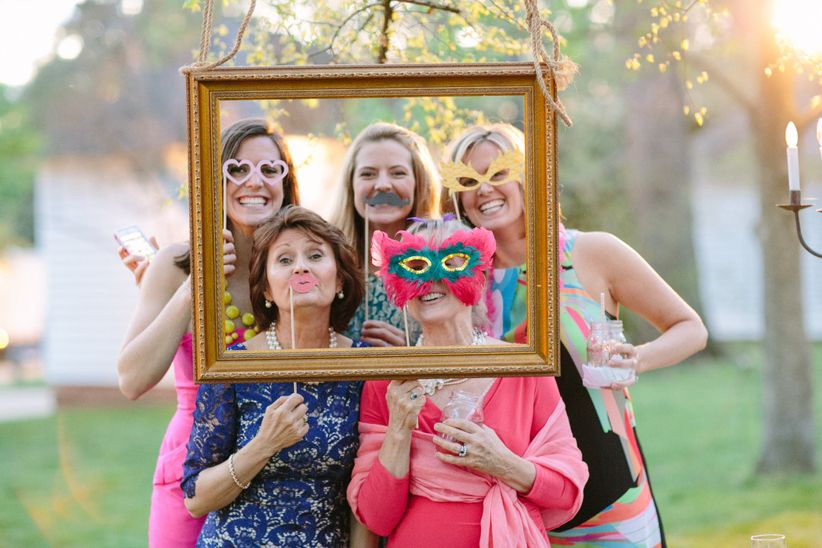 guests photobooth props
