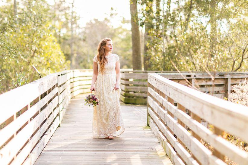 Laid-Back North Carolina Styled Shoot <li>bride