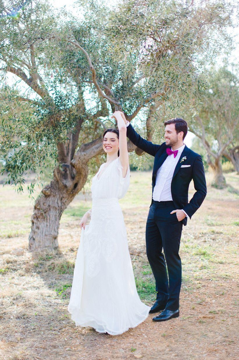 romantic wedding photo poses