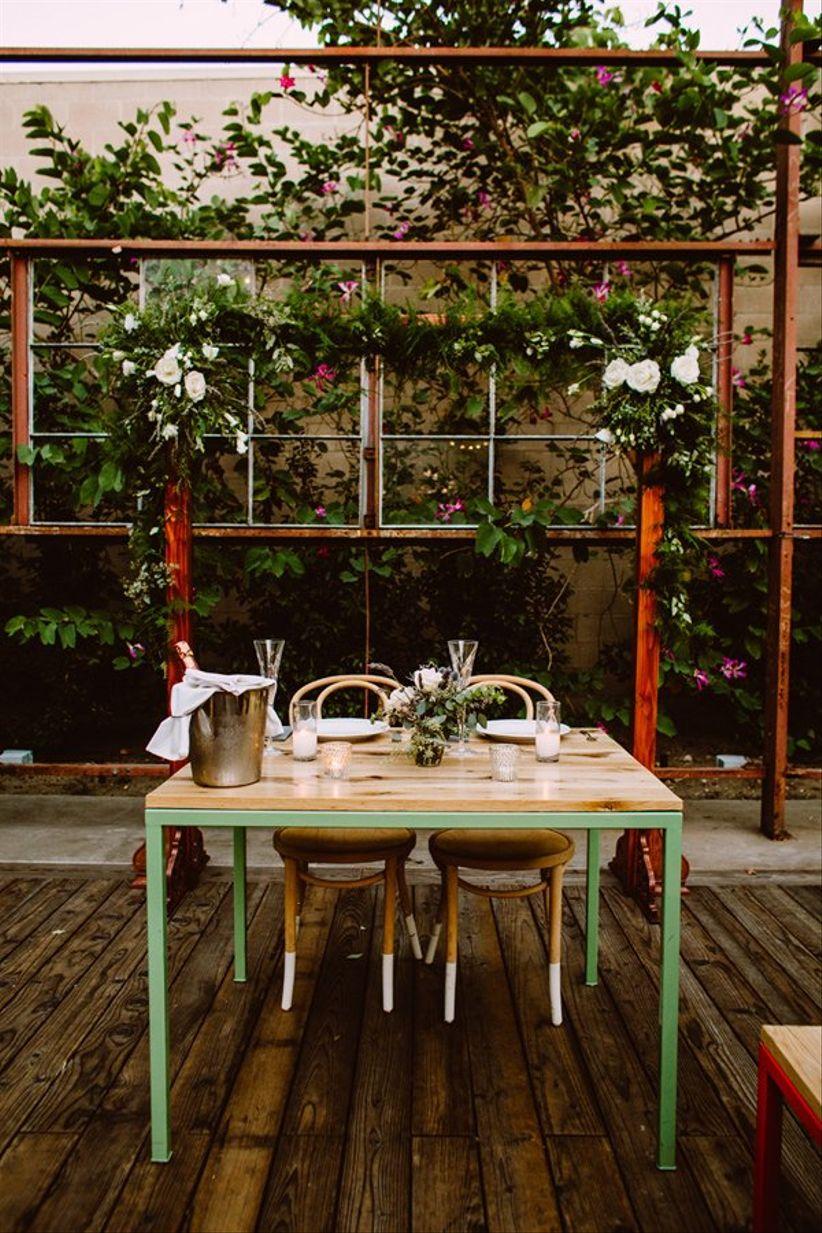 modern sweetheart table