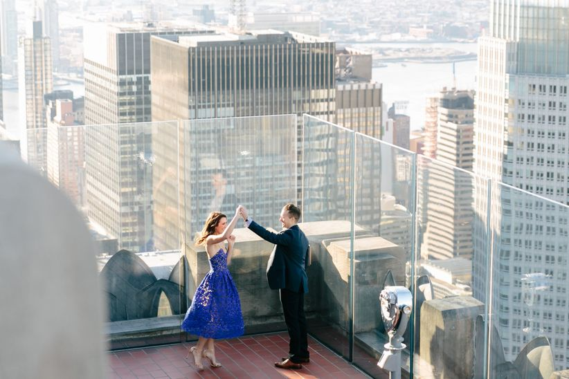 engagement photo in nyc samantha metell