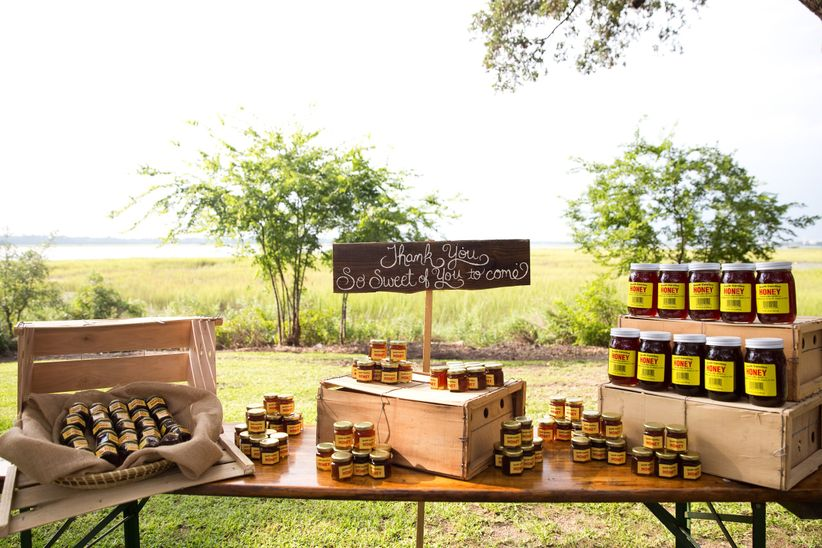 rustic favor display outdoor honey