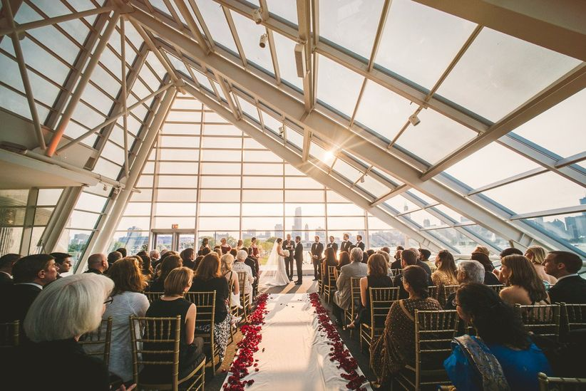 Great Wedding Venue Near Chicago: 6 Chicago Winter Wedding Venues We Love