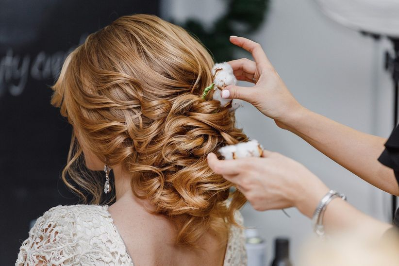 How To Put In Hair Extensions For Your Wedding Day Weddingwire