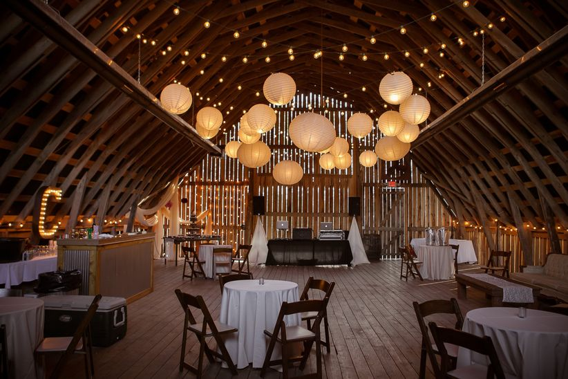 11 smaller nashville wedding venues we love weddingwire for Places to have a small wedding