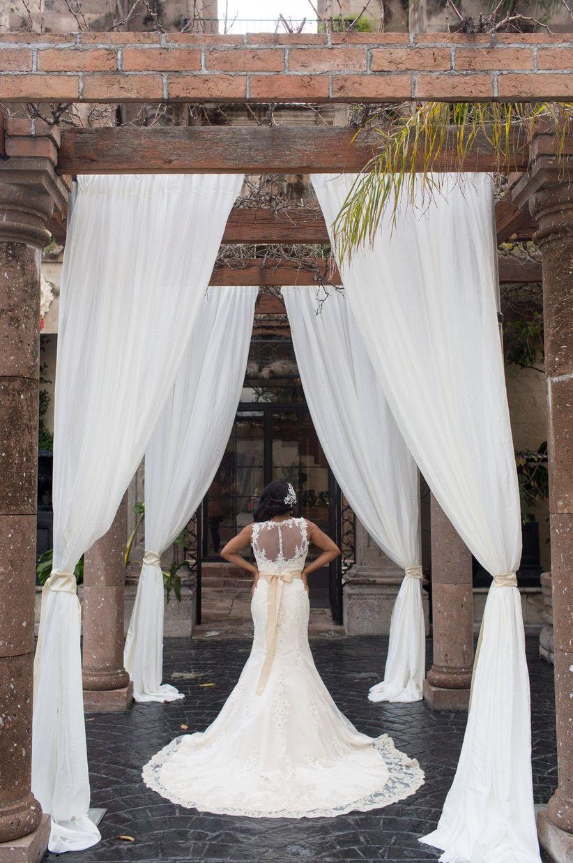 Lush Mediterranean-Inspired Styled Shoot - WeddingWire