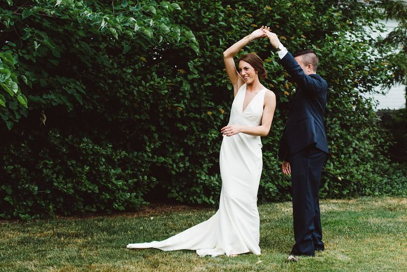 9 commandments of stress free wedding planning weddingwire all too often though we let worry and pressure interfere with this special time follow these nine guidelines and kick wedding planning junglespirit Images