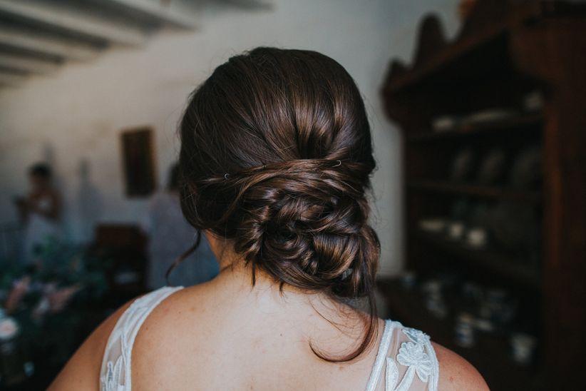 10 Summer Wedding Hairstyles You\'ll Love - WeddingWire