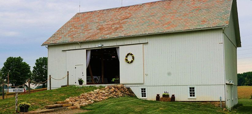 shabby chic barn wedding venue in ohio