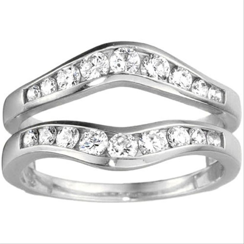 enhancer for round engagement ring