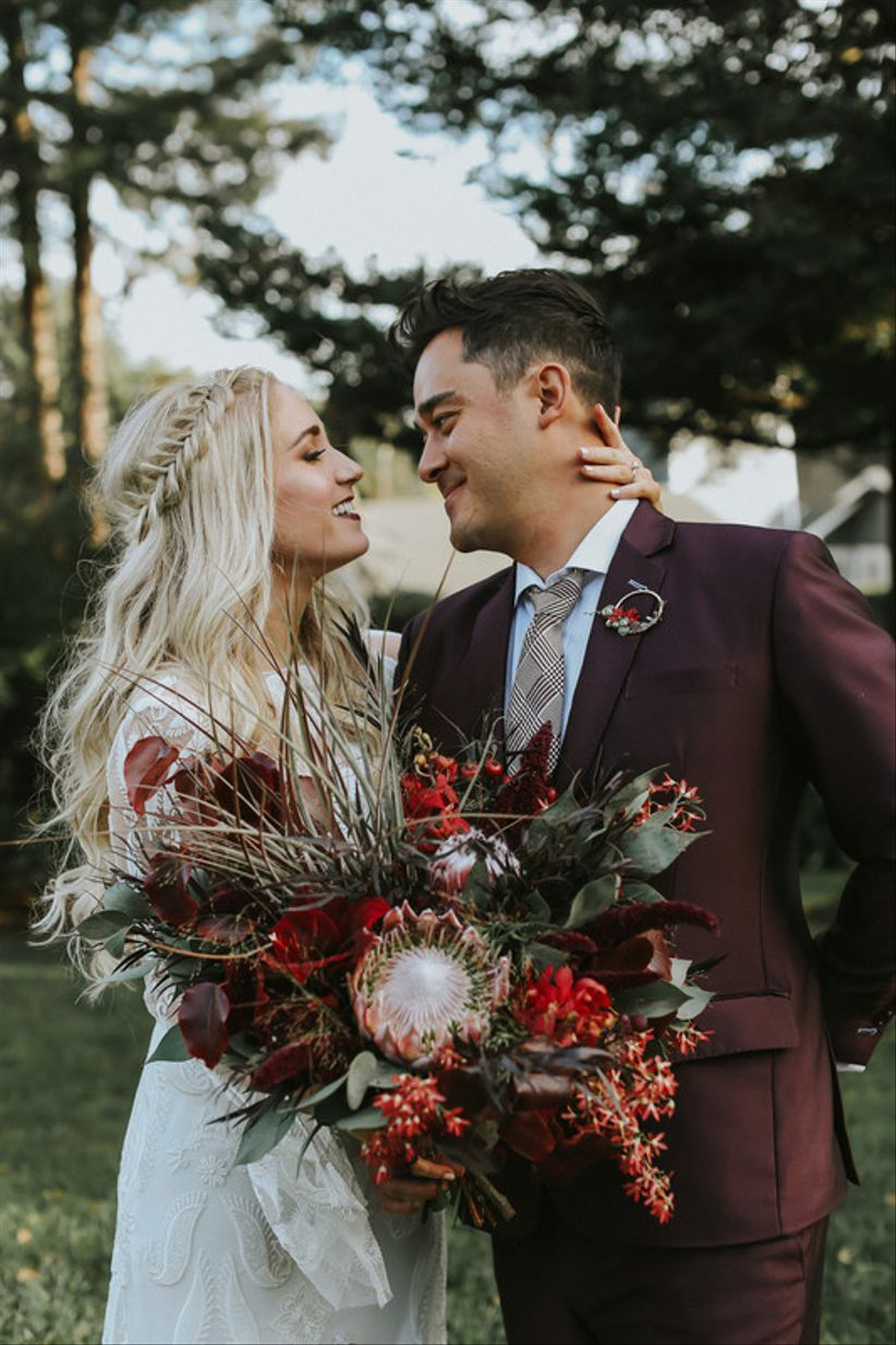moody wedding color palette with black and burgundy