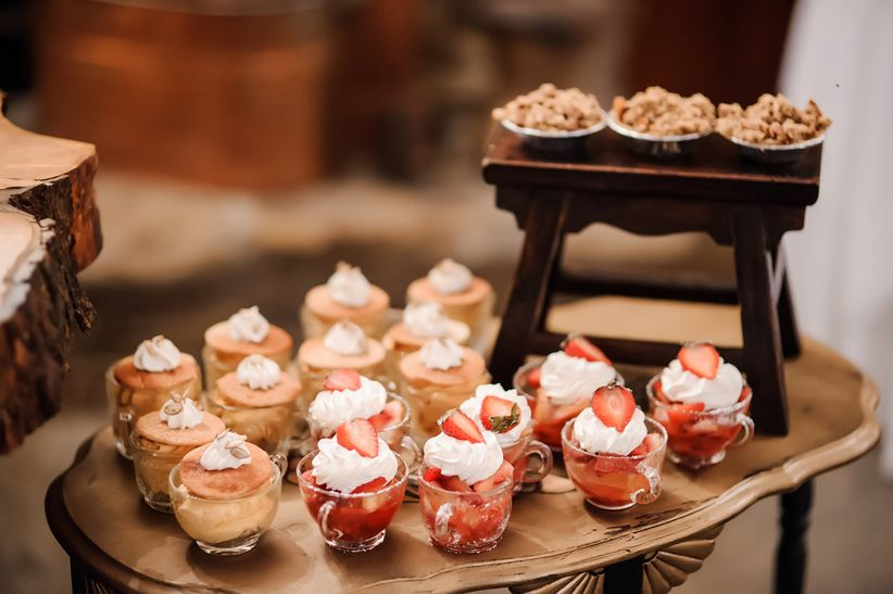 The Hottest New Wedding Dessert Trends, Beyond the Cake - WeddingWire