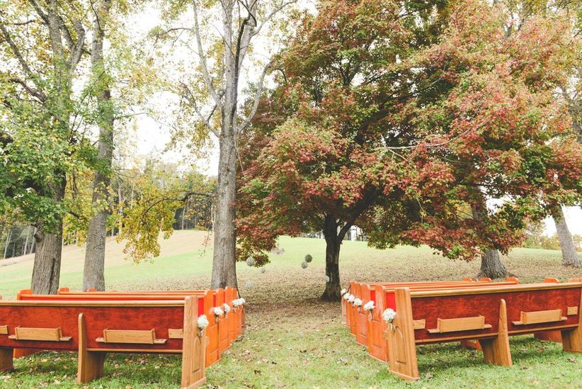 wedding ceremony outdoor pews
