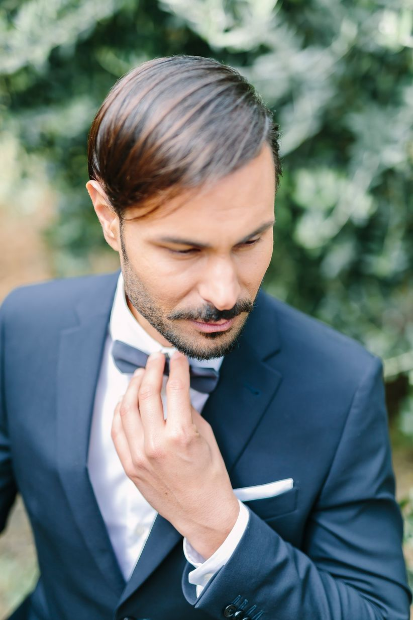 stylish groom in a blue suit - wedding photographer linda pauline