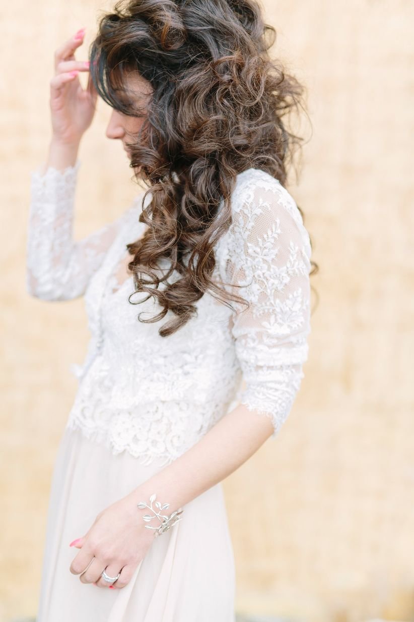 curly bridal hairstyle - wedding photographer linda pauline