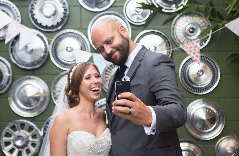 couple taking selfie ryon lockhart photography