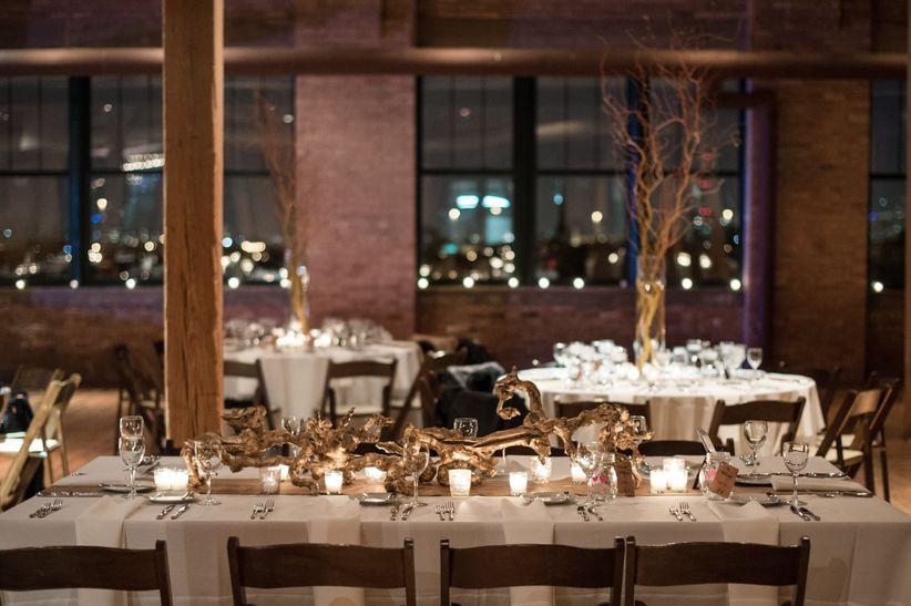 The chicest loft wedding venues chicago has to offer weddingwire bridgeport art center skyline loft ben elsass photography loft wedding venues in chicago junglespirit Images