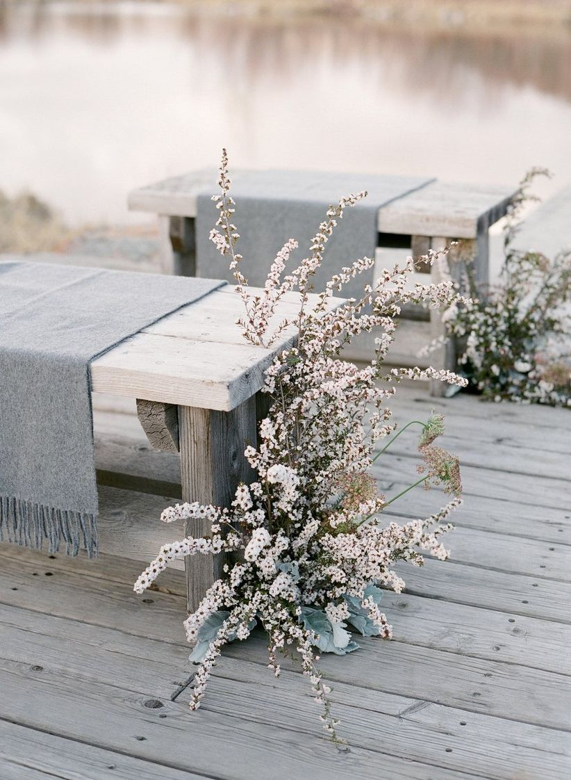 winter outdoor ceremony seating and aisle markers