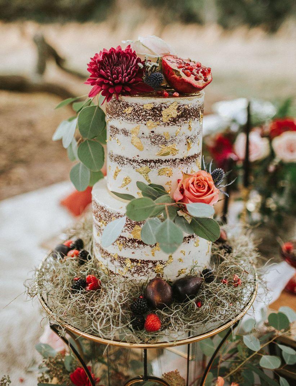 15 enchanting woodland wedding ideas weddingwire rustic naked cake junglespirit Choice Image