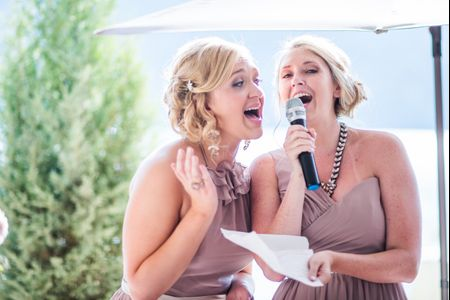 How to Handle a Bridesmaid Who Wants to Steal Your Spotlight
