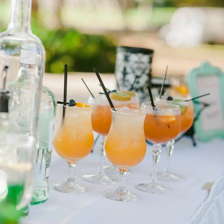 20 Things You MUST Know If You're Having an Open Bar