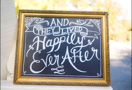 11 Romantic Wedding Signs We Love