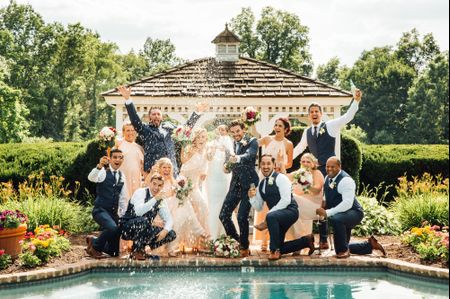 6 Types of People That Should Be in Every Wedding Party