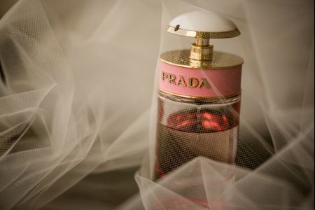 12 Brides Share the Perfume They Wore on Their Wedding Day
