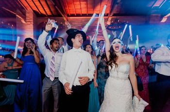 6 Tips for Dealing with Party Animals in Your Wedding Party