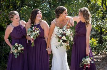 7 Signs You're Being a Good Bridesmaid