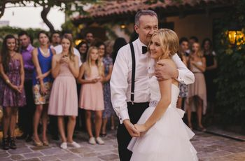How to Write a Father of the Bride Speech That Isn't Boring