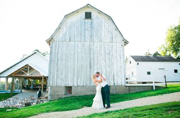 7 Minnesota Barn Wedding Venues Perfect for Rustic Couples