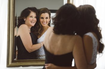 8 Things Every Mother-of-the-Bride Should Help With