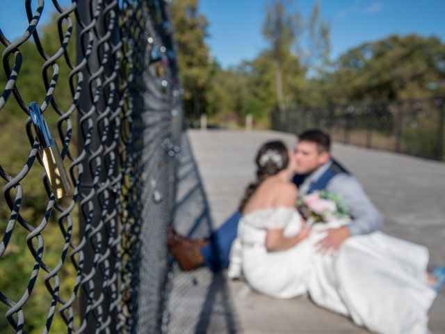 Brian and Sarah 's Wedding in Cannon Falls, Minnesota 7