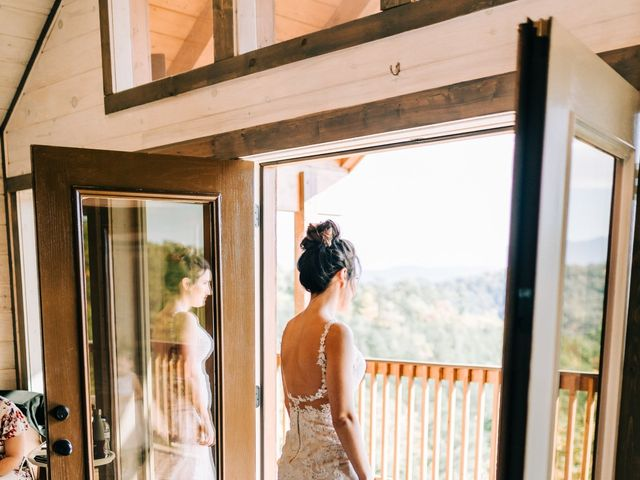 Aubrey and Laura's Wedding in Pigeon Forge, Tennessee 10