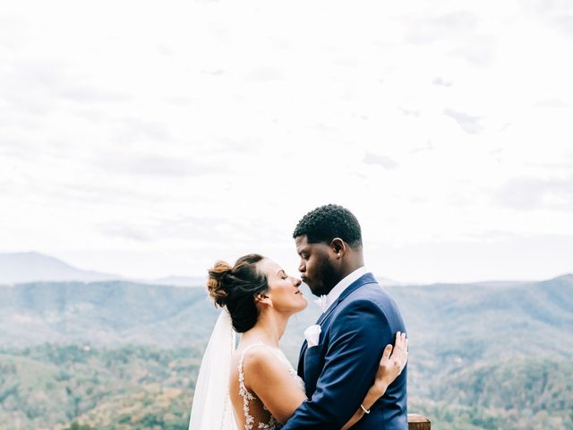 Aubrey and Laura's Wedding in Pigeon Forge, Tennessee 24