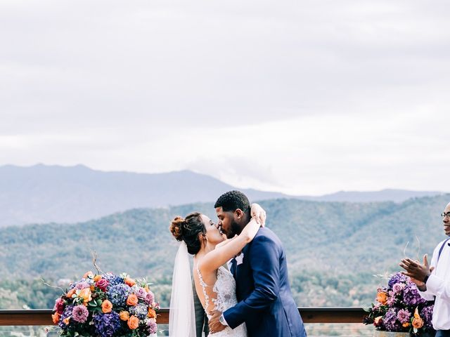 Aubrey and Laura's Wedding in Pigeon Forge, Tennessee 40