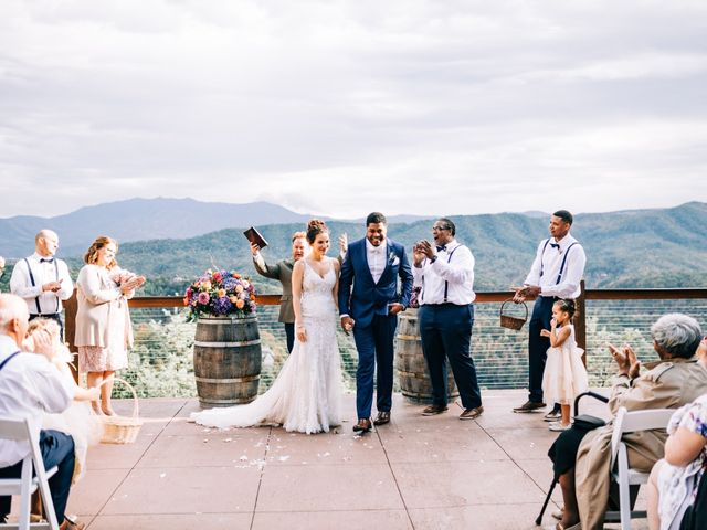 Aubrey and Laura's Wedding in Pigeon Forge, Tennessee 41