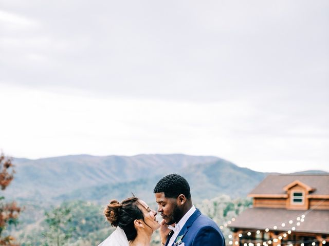 Aubrey and Laura's Wedding in Pigeon Forge, Tennessee 44