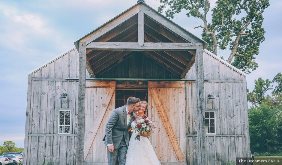 Justin and Sabrina's Wedding in Pleasant Hope, Missouri