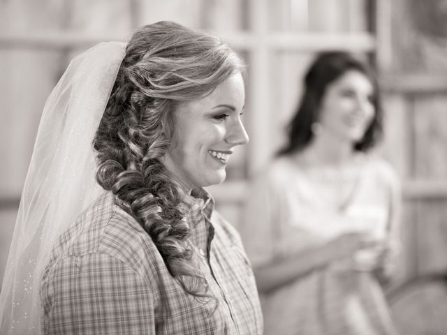 Heath and Amanda's Wedding in Greenback, Tennessee 4