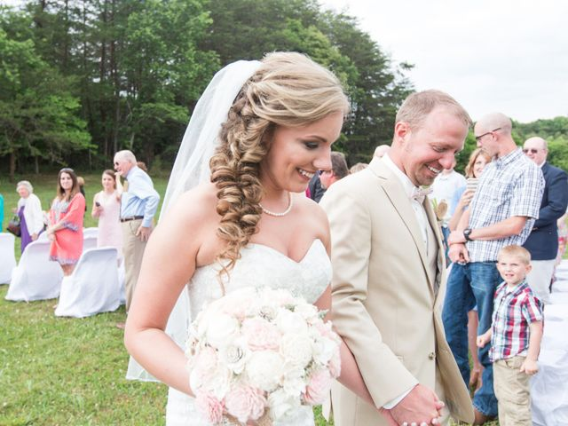 Heath and Amanda's Wedding in Greenback, Tennessee 25