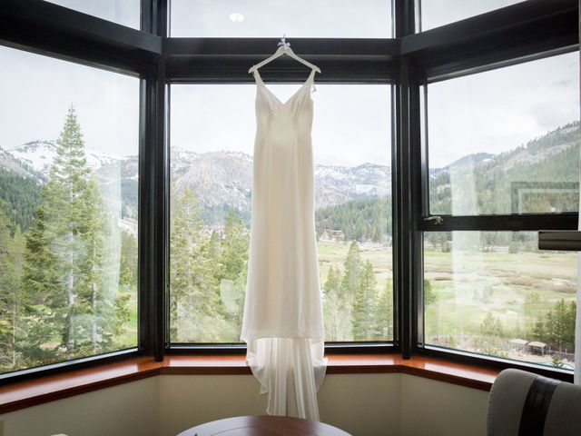 Mikael and Lauren's Wedding in Olympic Valley, California 7