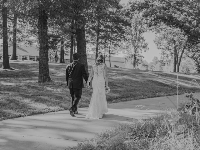 Spencer and Lauryn's Wedding in Moravia, Iowa 21